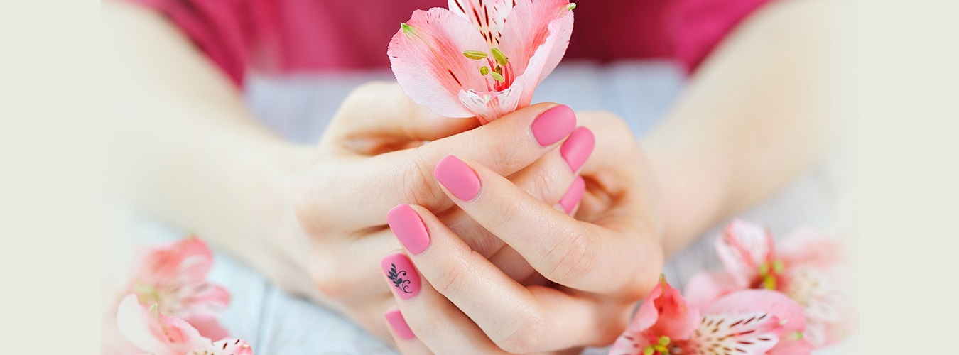 Kayaluxe - Nail Salon in Braintree MA 02184
